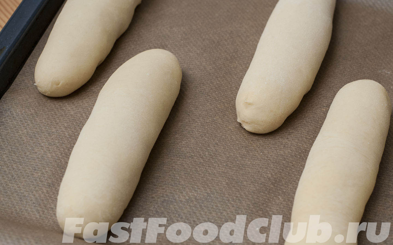 готовая к выпечке булочка для хот-дога